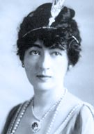 Socialite Evalyn Walsh McLean (1886-1947), last private owner of the Hope Diamond